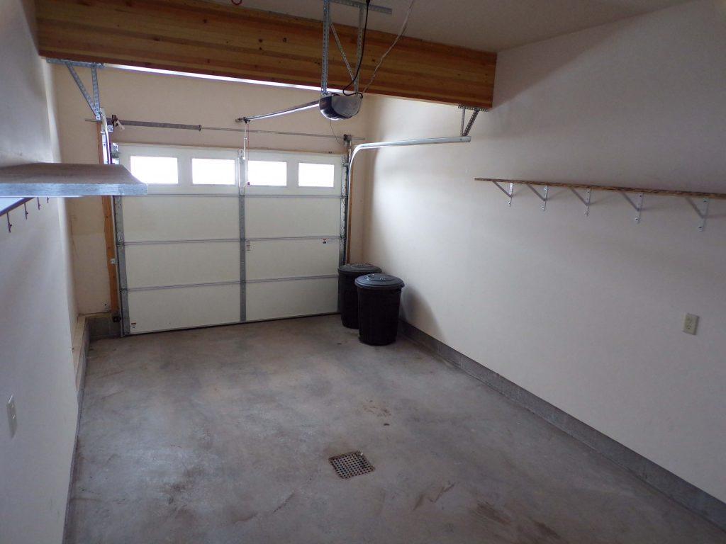 Garage a_